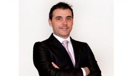 Roberto Patera, Spie